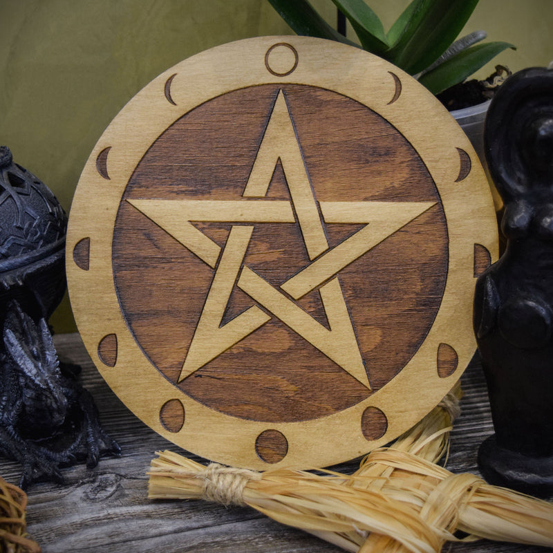 Pentagram And Moon Circle - Altar Pentacle