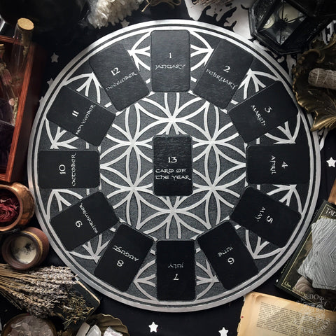 Tarot Spread Board - Tarot Spread Board Wheel Of The Year - Black And Silver