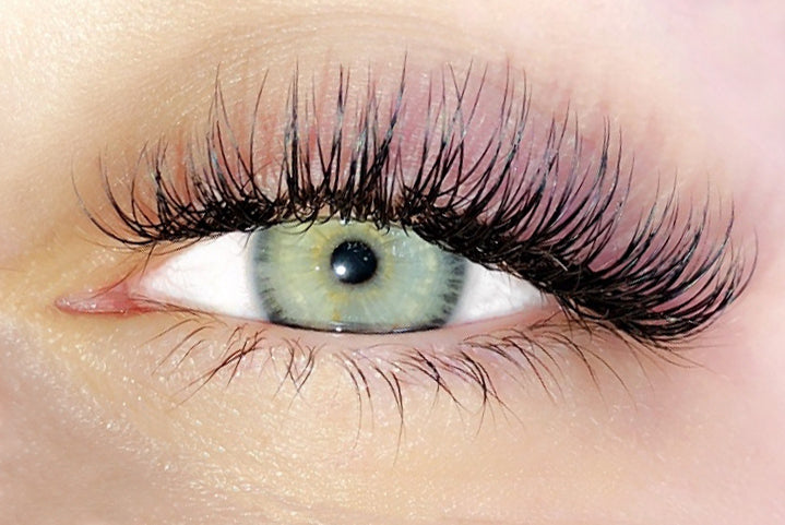 Set of Classic Lashes Eye Closeup