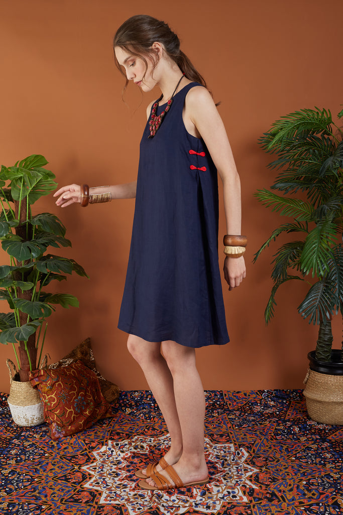 Svana Short Dress with Chinese Knot Button