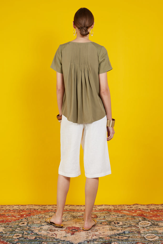 Rithleen Short Sleeve Pleated Top