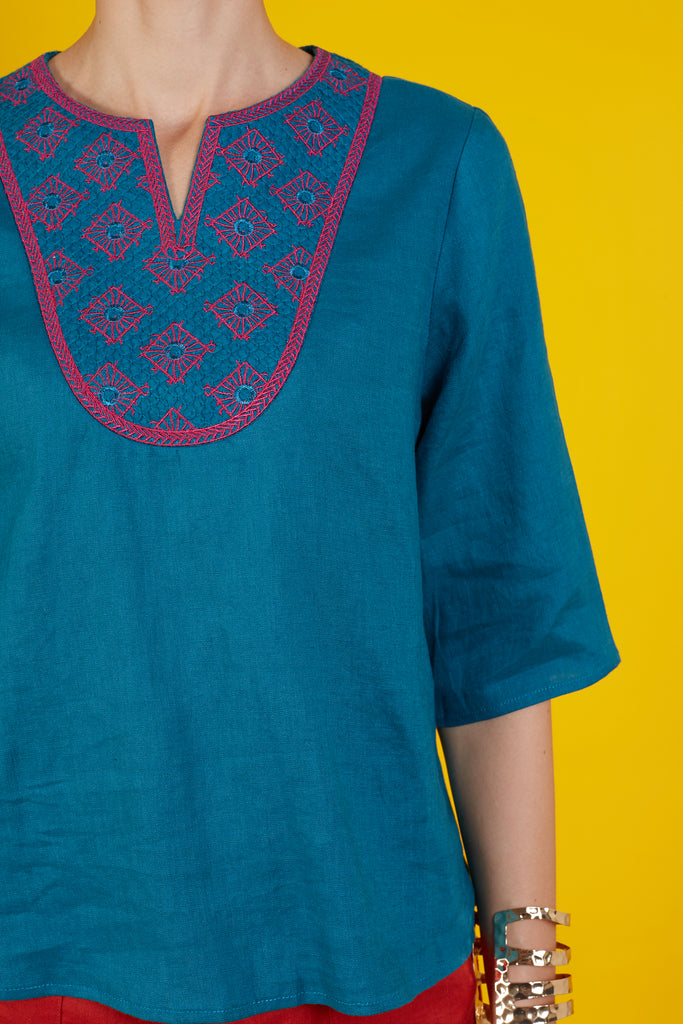 Alison 3/4 Sleeve Embroidered Top