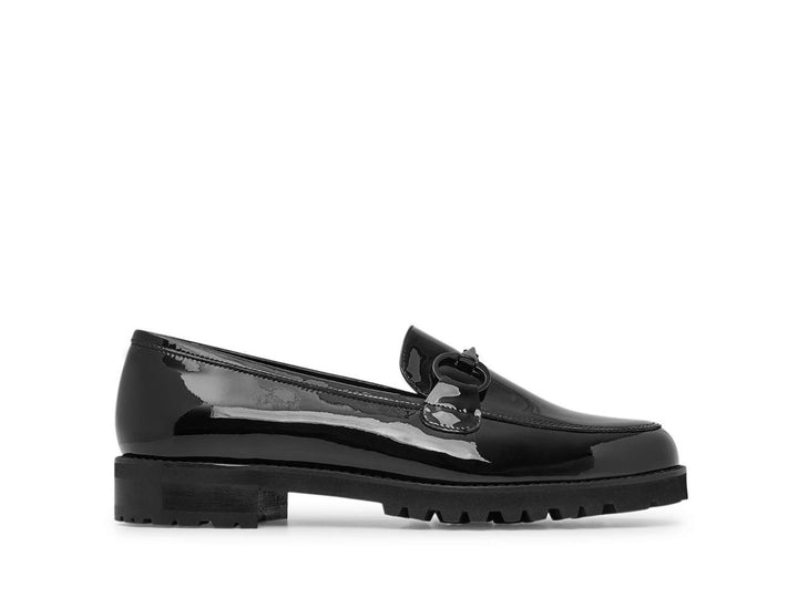 Leather loafer in black