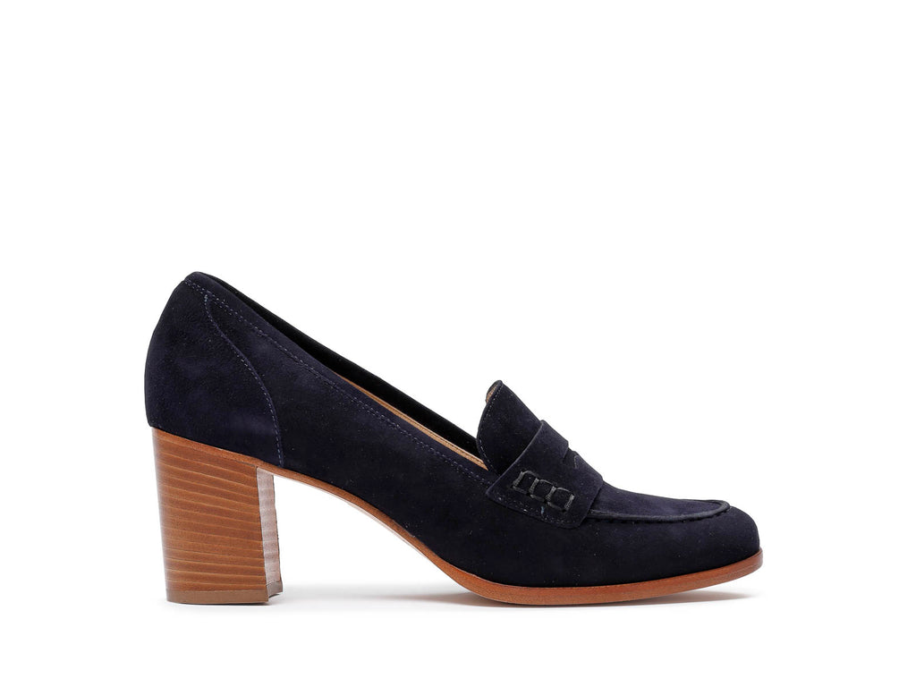 Heeled loafers in suede