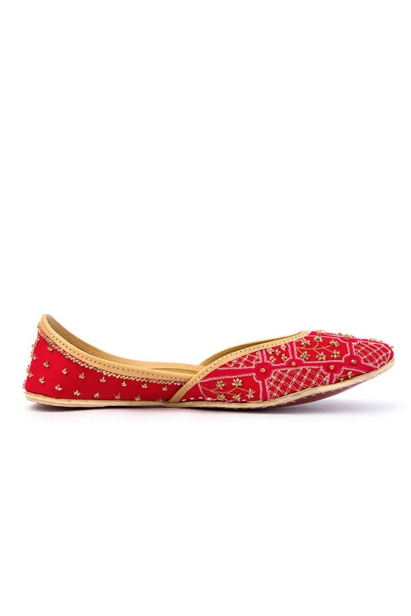 Ruby Rouge Juttis