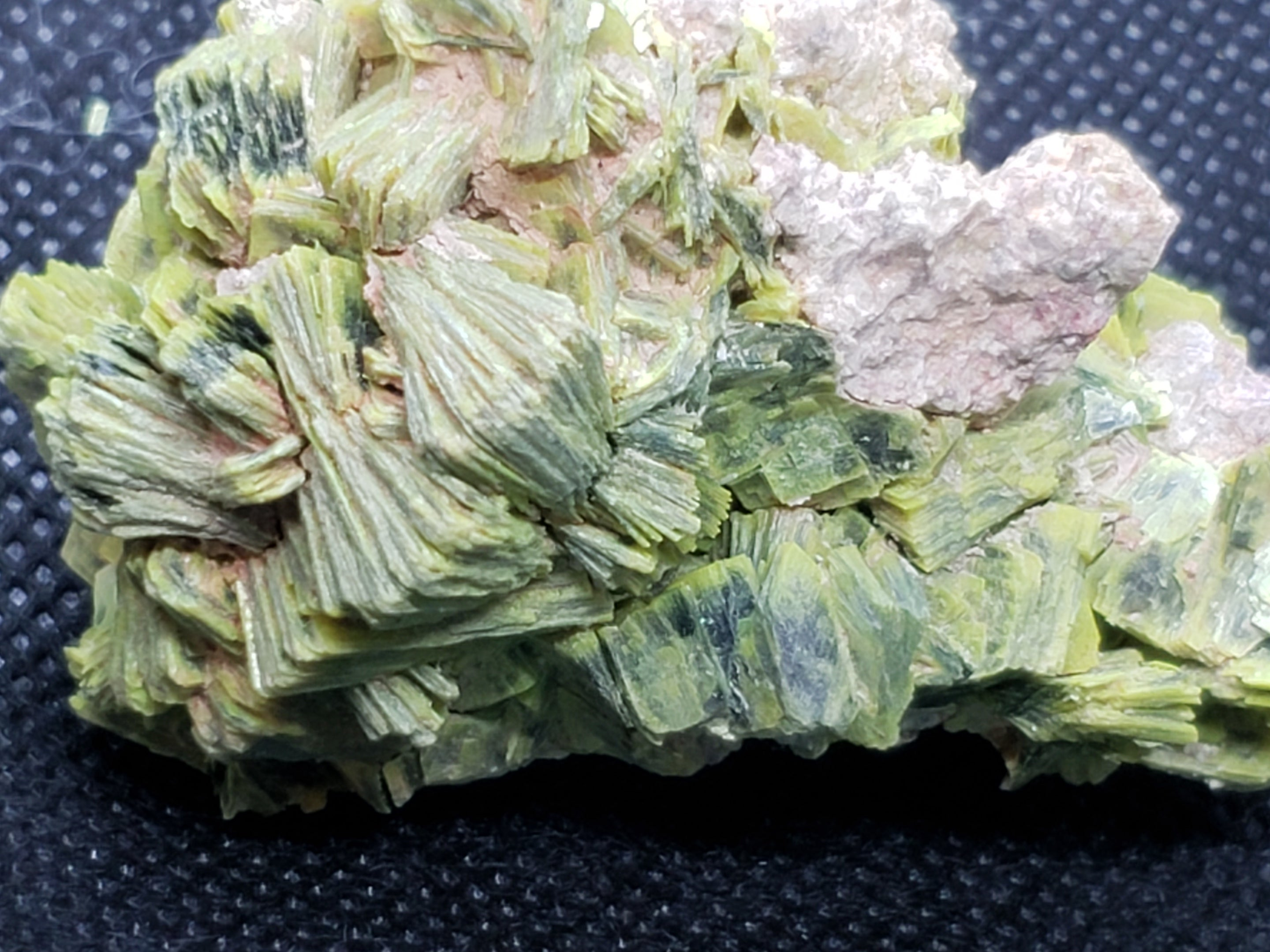 Autunite crystals