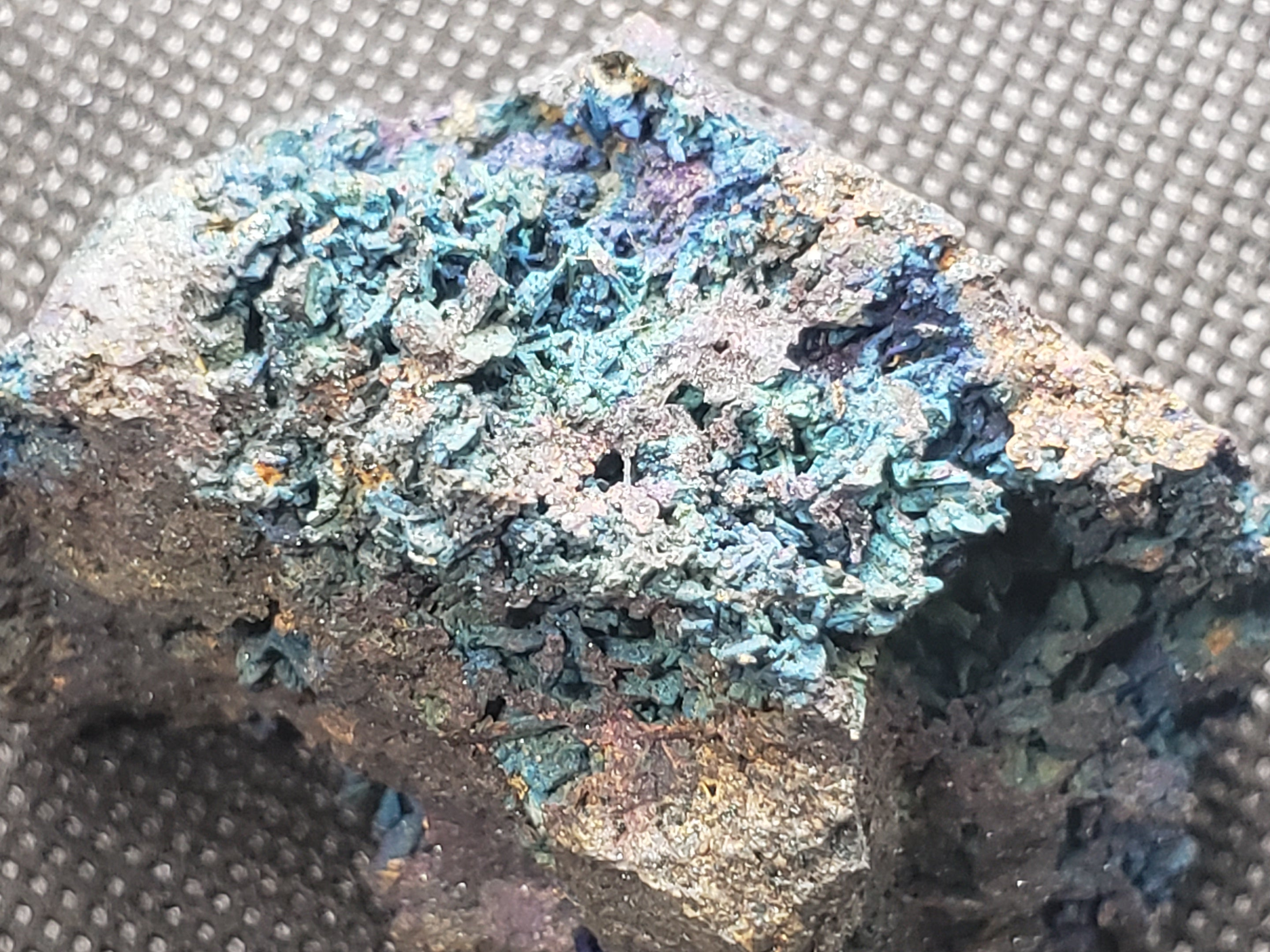 Beautiful Bornite / Chalcopyrite specimen
