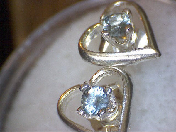 Sapphirine Heart Earrings