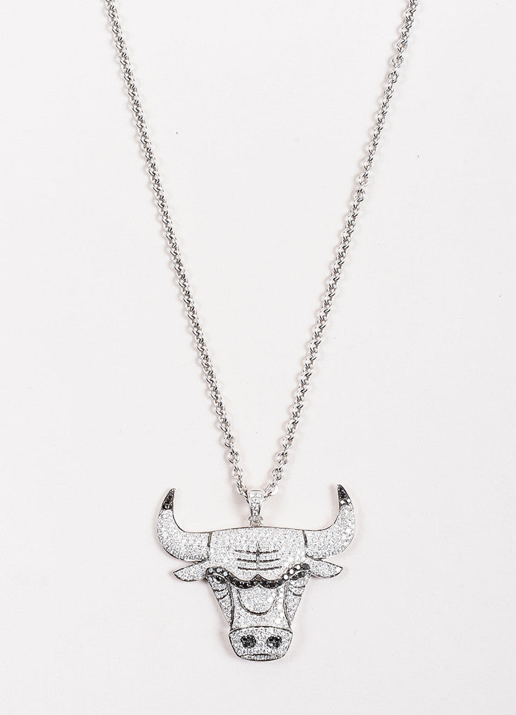 Gameplan Jewelry 14K White Gold and Diamond NBA Chicago Bulls Necklace Detail