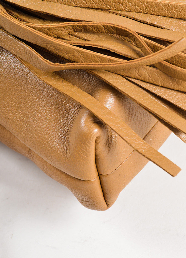 Gucci Tan Pebbled Leather Tassel Zip Pouch Clutch Detail