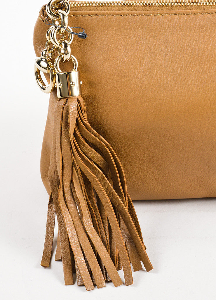 Gucci Tan Pebbled Leather Tassel Zip Pouch Clutch Detail 2