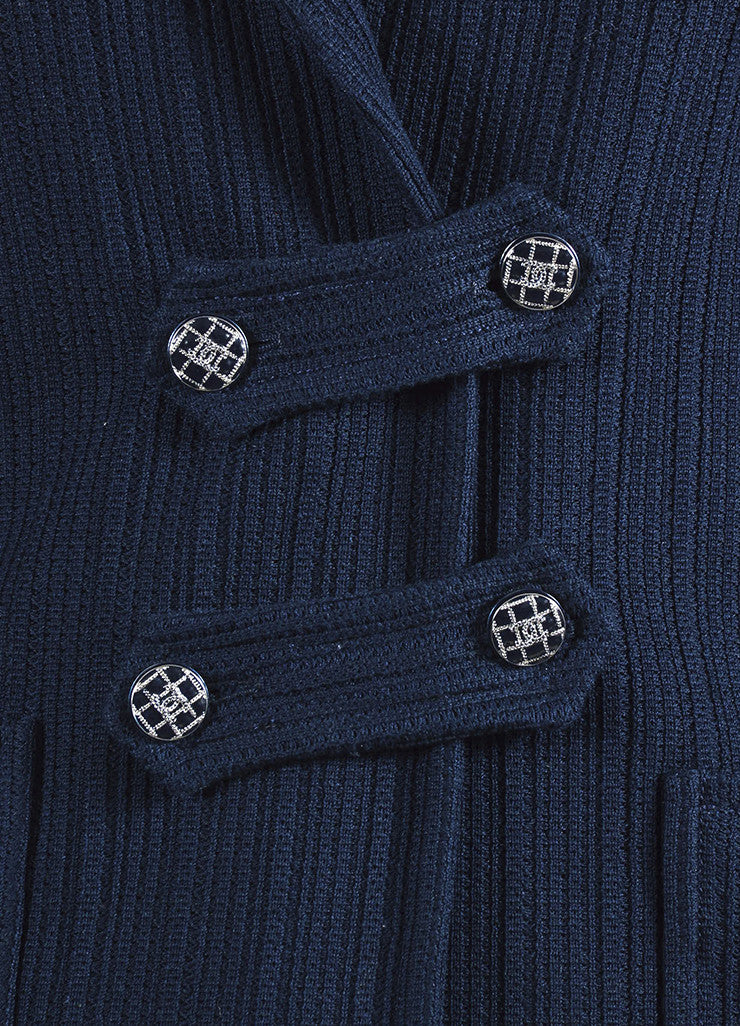 å´?ÌÜChanel Navy Blue Cotton Ribbed Button Tab Blazer Jacket Detail