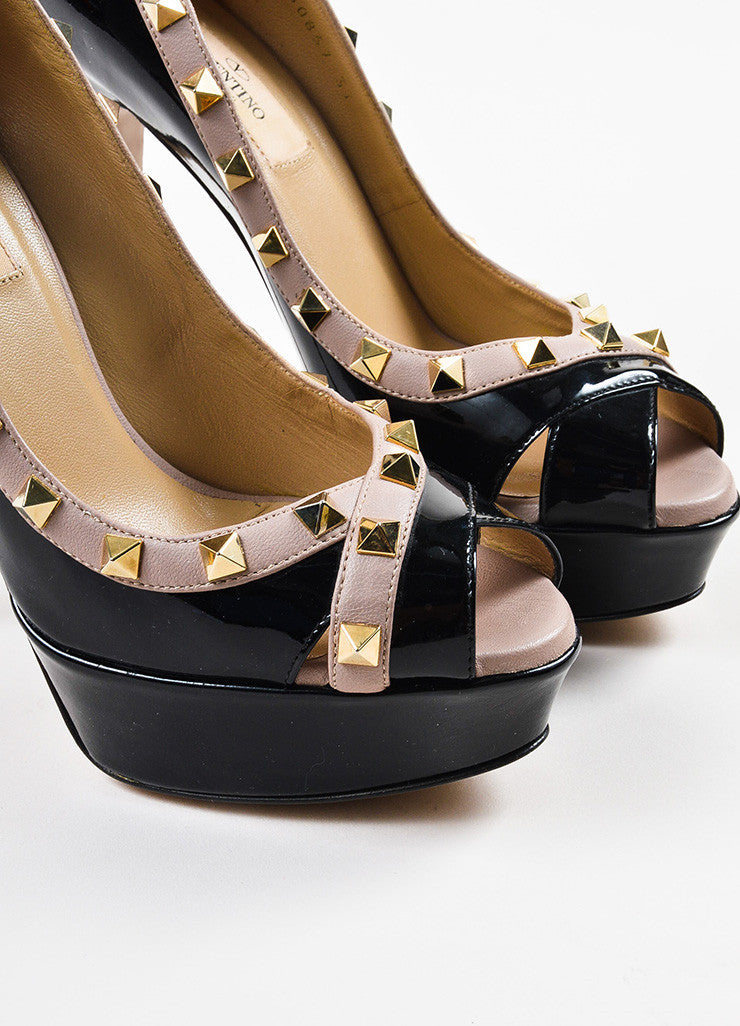 Valentino Black and Mauve Patent Leather Gold Toned Rockstud Peep Toe Pumps Detail