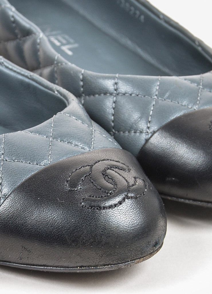 Chanel Grey and Black Quilted Leather 'CC' Logo Cap Toe Ballet Flats Detail