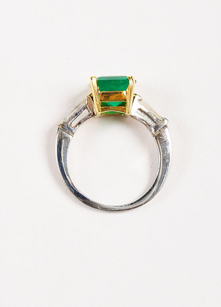 18k White Yellow Gold 2.53 ct Emerald 0.24 ct Baguette Diamond Ring Top