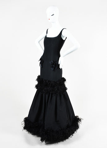Oscar de la Renta Black Taffeta Ostrich Feather Mermaid Silhouette Gown Sideview