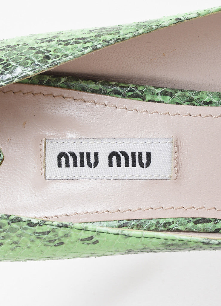Miu Miu Green and Black Leather Embossed Snakeskin Printed Pointed Toe Pumps Brand