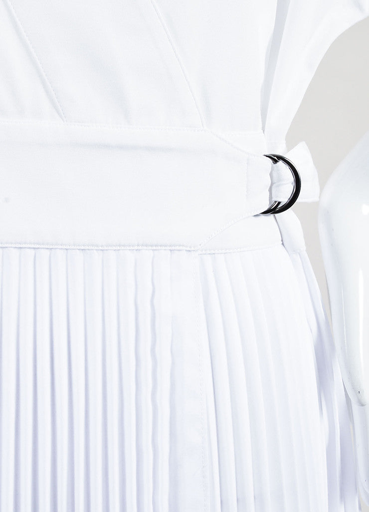 Tome White Wrap V-Neck Pleated Short Sleeve Dress Detail