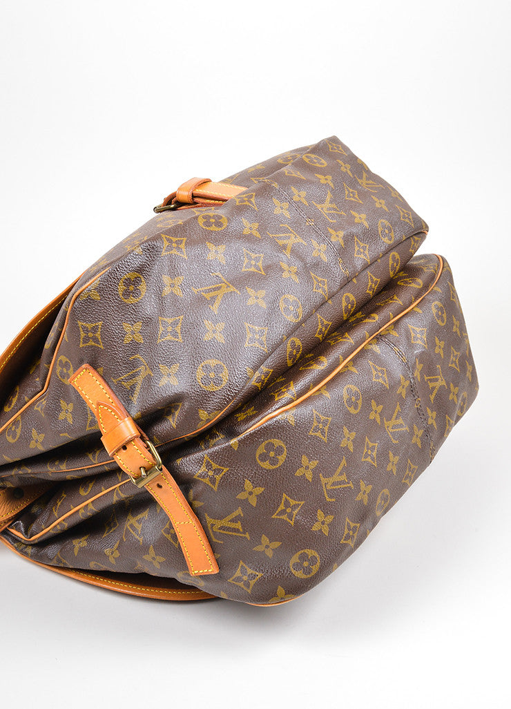 "Brown Louis Vuitton Monogram ""Saumur 35"" Messenger Bag Bottom"