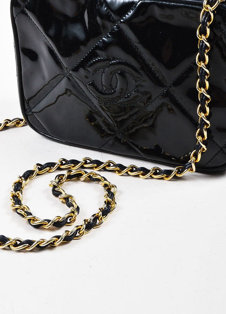 Chanel Black Patent Leather Gold Toned Chain Zip Tassel Shoulder Bag Detail