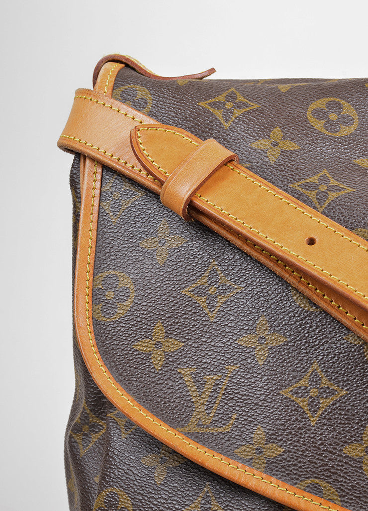 "Brown Louis Vuitton Monogram ""Saumur 35"" Messenger Bag Detail 2"