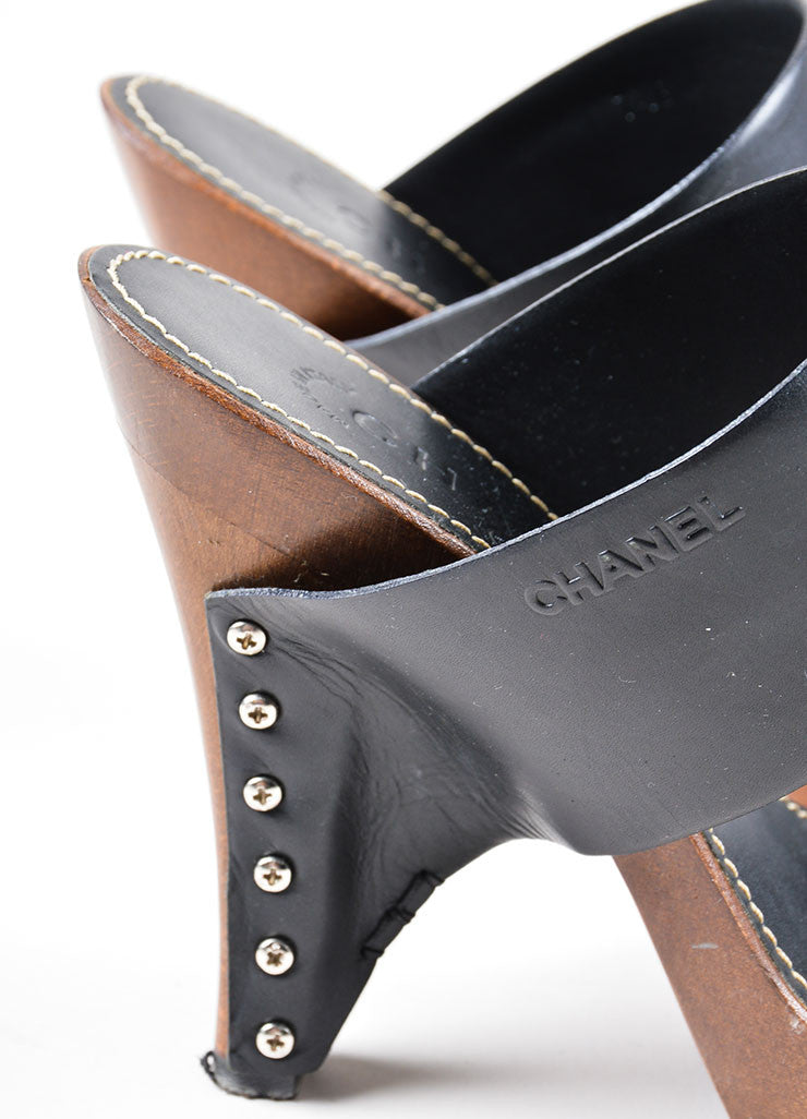Black and Brown Chanel Leather and Wood Clog Mule Heeled Sandals Detail