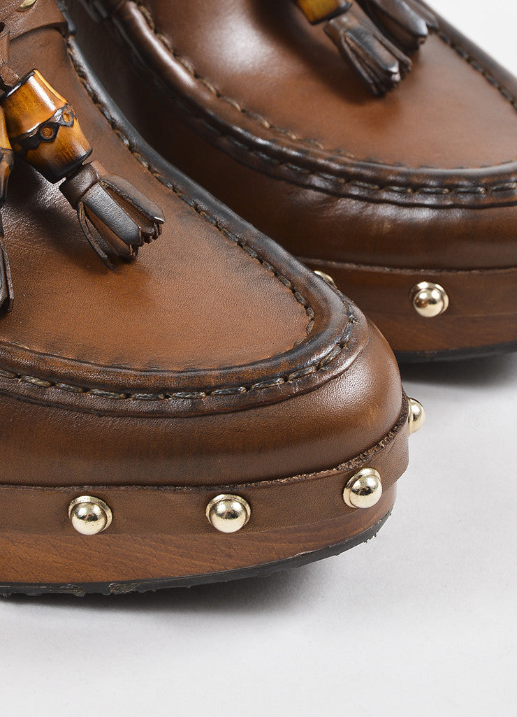 Gucci Brown Leather Wood and Bamboo Tasseled Platform Clogs Detail
