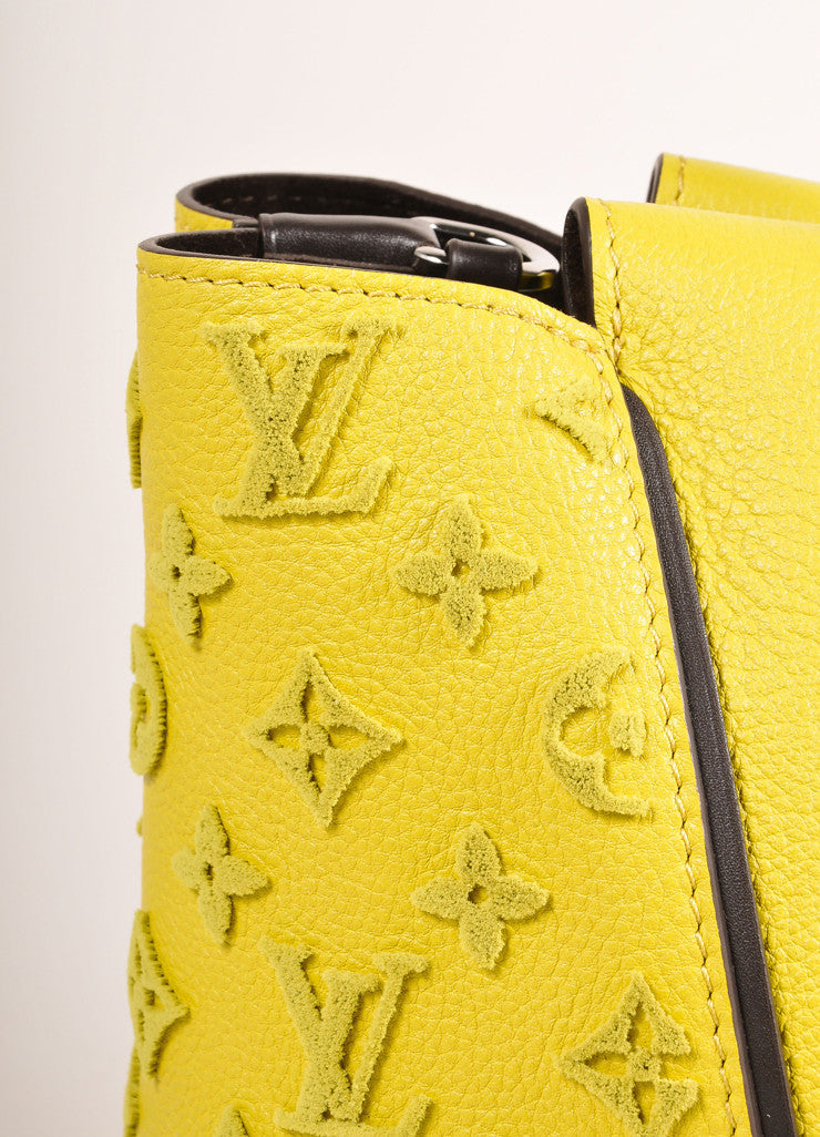 "Louis Vuitton NWT $4600 Yellow ""Pistache"" Tuffetage Parnasse Leather ""W"" PM Bag Detail View"