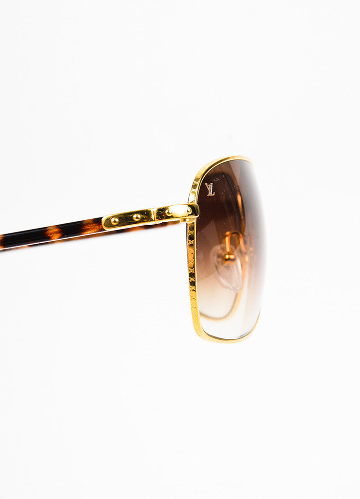 "Men's Louis Vuitton Tortoise and Gold Toned ""Conspiration Pilote"" Aviator Sunglasses Detail"