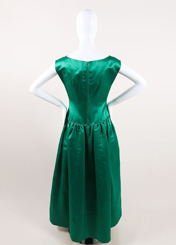 Oscar de la Renta Emerald Green Satin Pleated Sleeveless Full Gown Backview