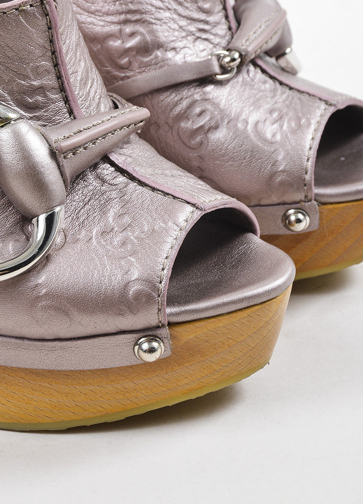Gucci Lilac Pink Metallic Guccissima Leather Peep Toe High Heel Mules Detail