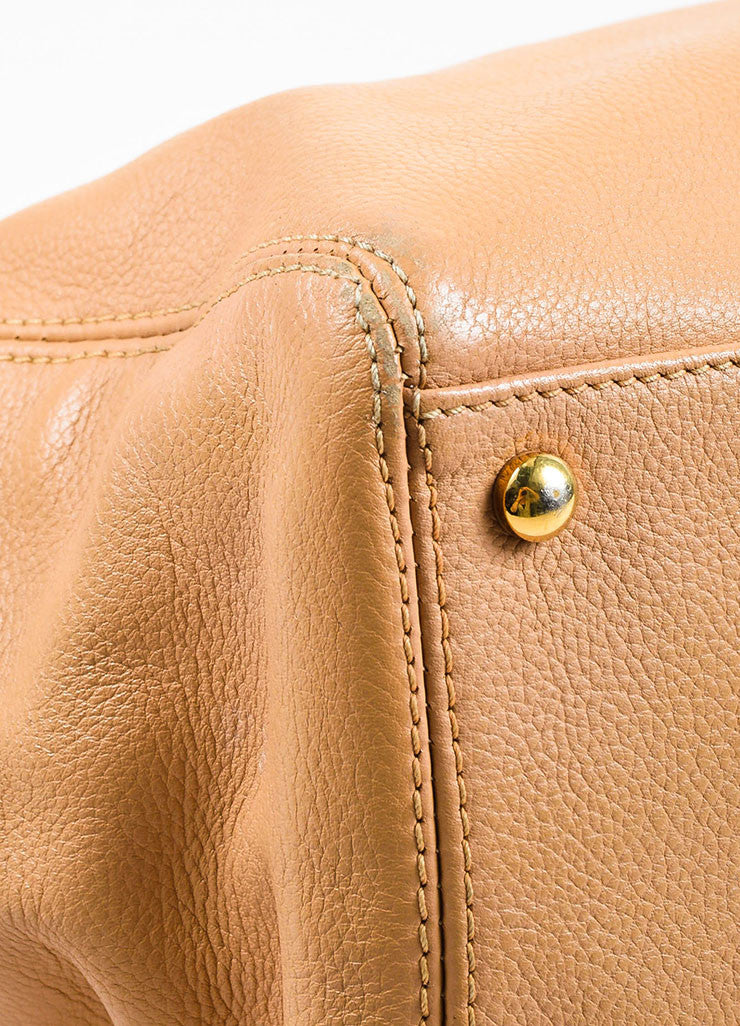 "Chanel Beige Leather 'CC' ""Cerf"" Shopper Handbag Detail"
