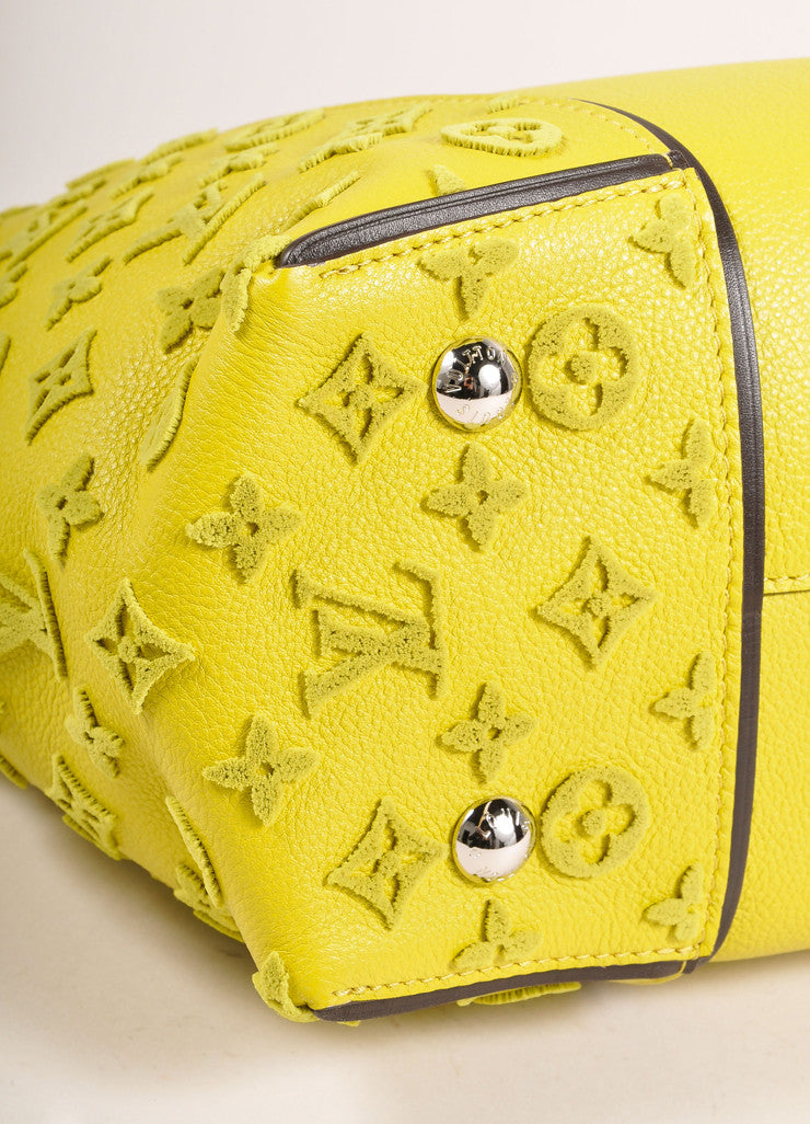 "Louis Vuitton NWT $4600 Yellow ""Pistache"" Tuffetage Parnasse Leather ""W"" PM Bag Bottom Detail"