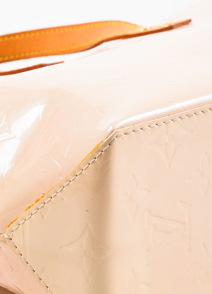 "Peach ""Marshmallow"" Louis Vuitton Vernis Leather ""Reade PM"" Tote Bag Detail 2"