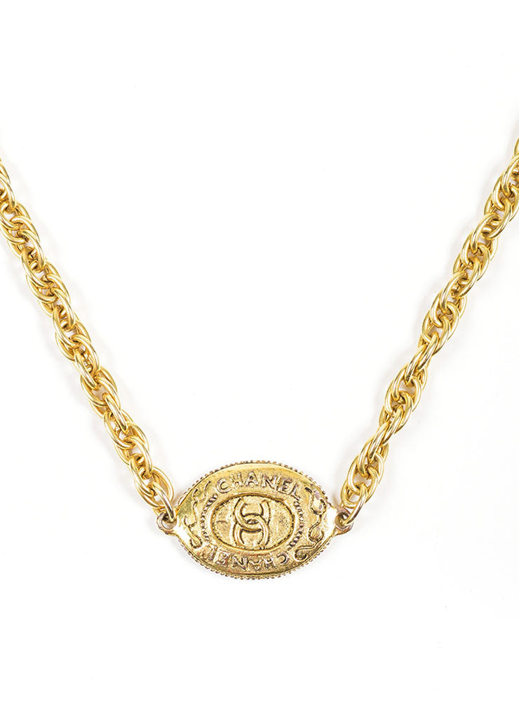 Gold Toned Chanel 'CC' Oval Pendant Chain Necklace Detial