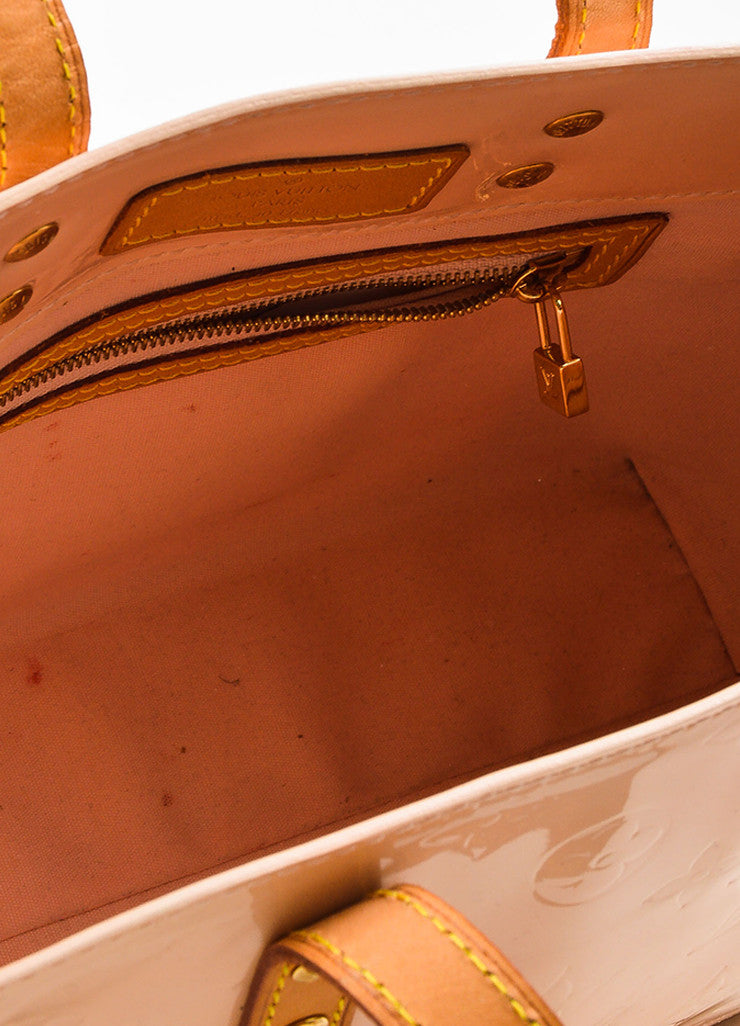 "Peach ""Marshmallow"" Louis Vuitton Vernis Leather ""Reade PM"" Tote Bag Detail 4"