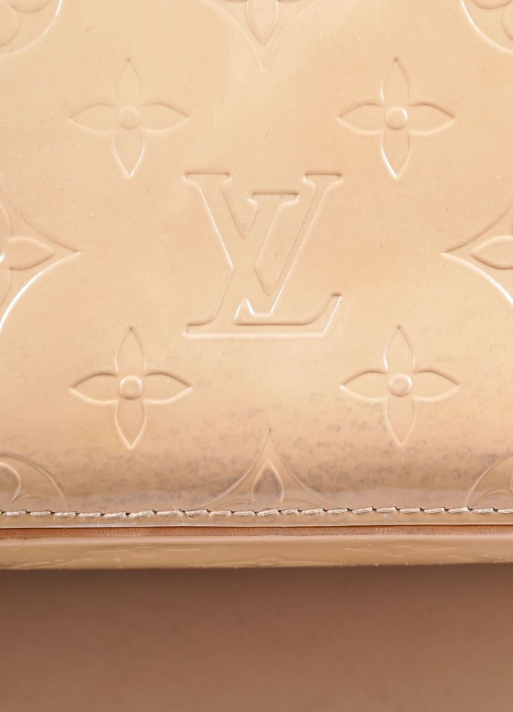 "Louis Vuitton Cream Monogram Vernis ""Houston"" Tote Bag Detail 4"