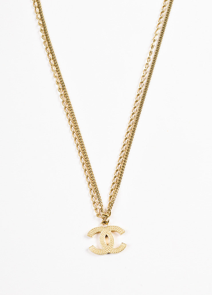 Gold Tone Chanel Double Mixed Link Chain 'CC' Logo Pendant Necklace Front 2