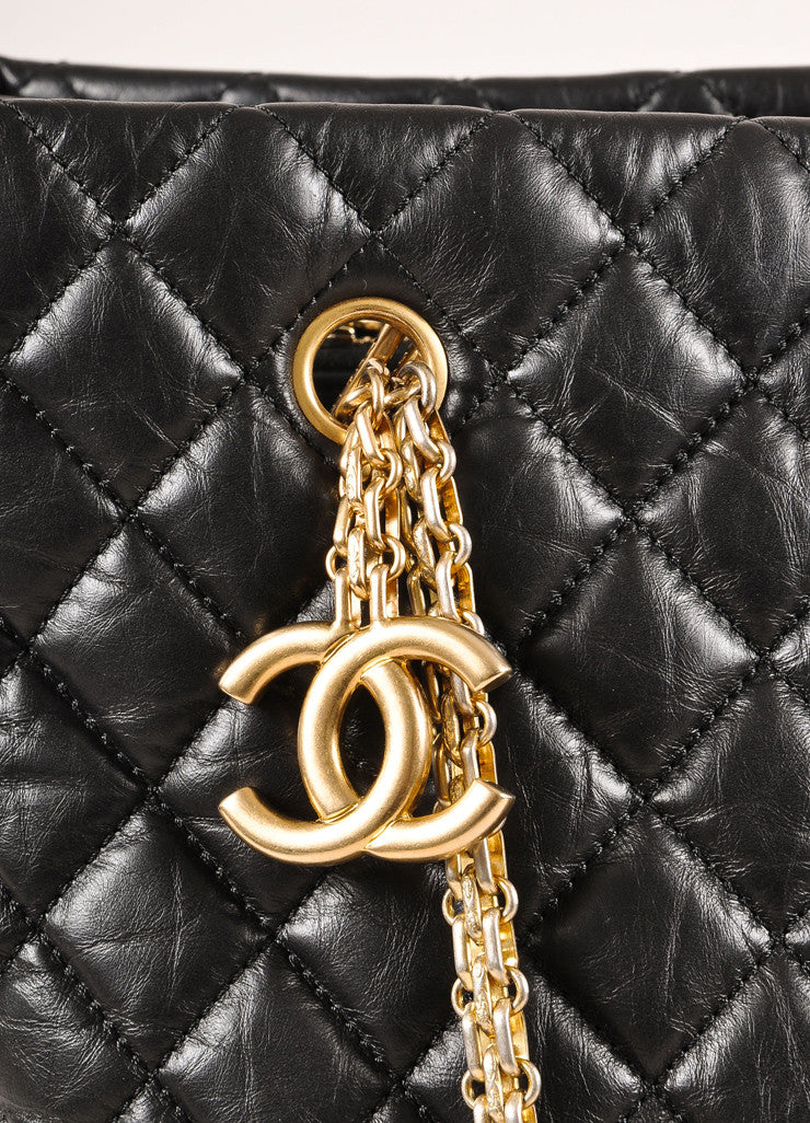 "Chanel Black Quilted Aged Calfskin ""CC"" Chain Shoulder Bag Detail 2"