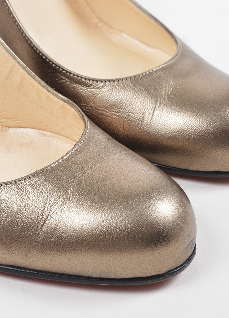 "Christian Louboutin Bronze Metallic Leather Round Toe ""Simple 100"" Heels Detail"