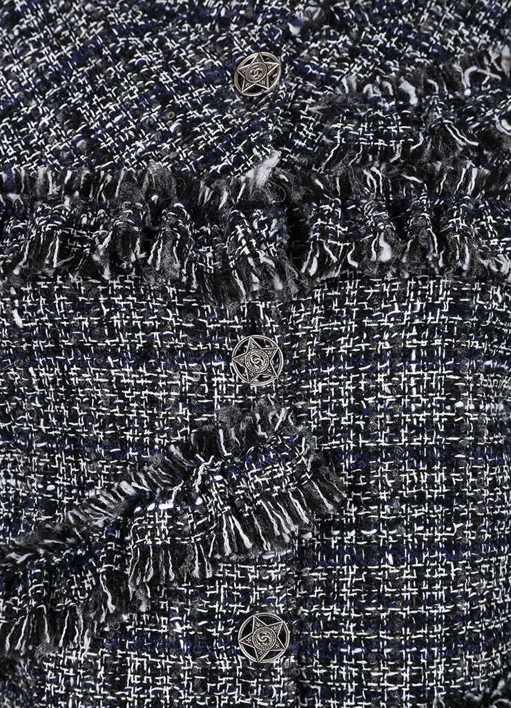 Chanel Black and White Boucle Fantasy Wool Tweed Jacket Detail