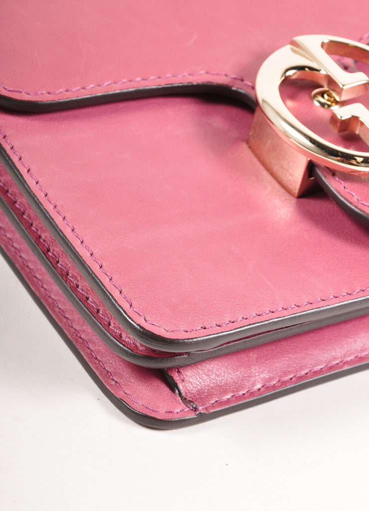 Gucci Pink 'GG' Logo Clasp Leather Crossbody Flap Bag Detail 4