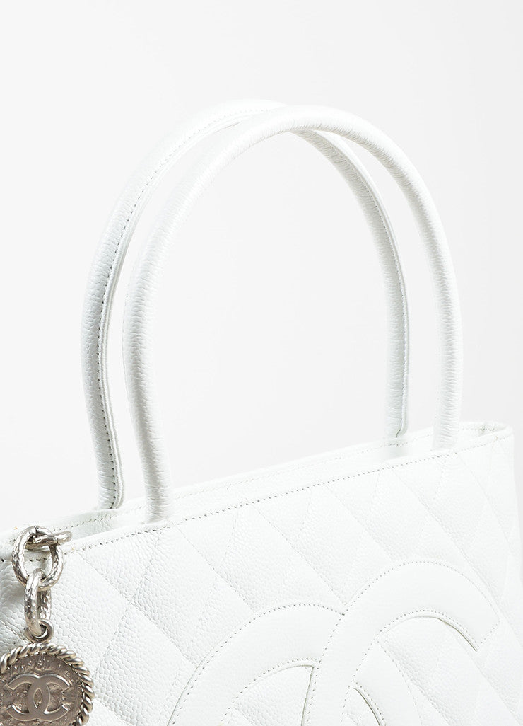 Chanel White Quilted Caviar Leather 'CC' Logo Silver Toned Medallion Tote Bag Detail 2