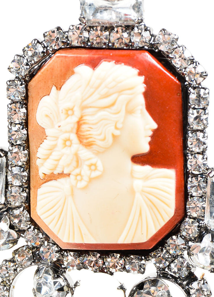 Brown & Cream Lawrence VRBA Cameo Clip On Earrings Detail