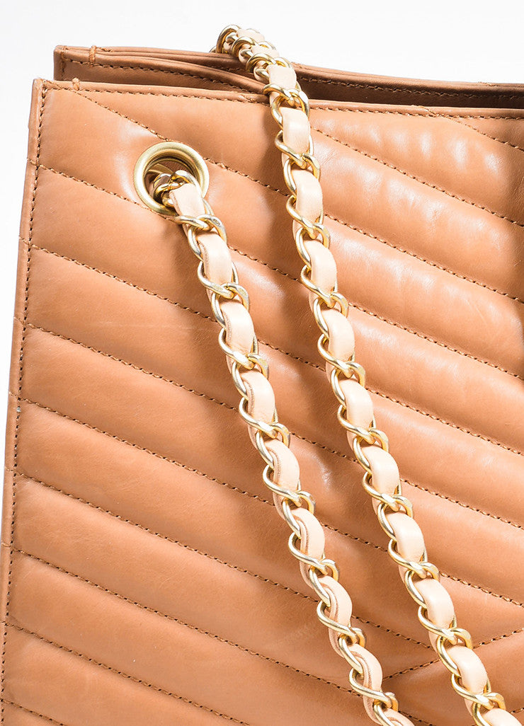 "Blush Tan Leather Gold Toned Chevron Quilted Chain Chanel ""Accordion"" Tote Bag Detail 2"