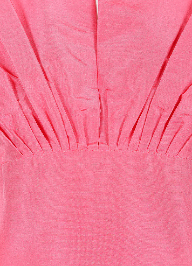 Oscar de la Renta Pink Silk Taffeta Pleated Bust and Drop Waist Sleeveless Dress Detail