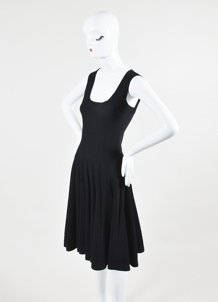 Alaia Black Stretch Textured Scoop Neck A-Line Sleeveless Dress Sideview