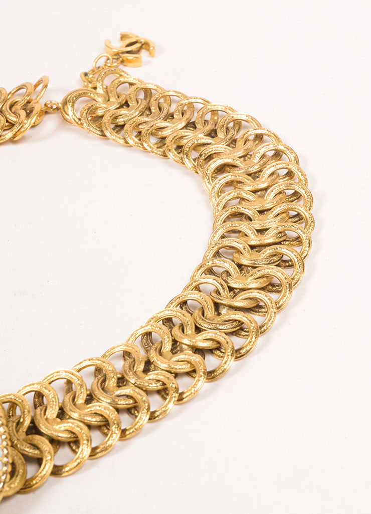 Chanel Gold Toned Chain Link Floral Medallion Choker Necklace Detail 2