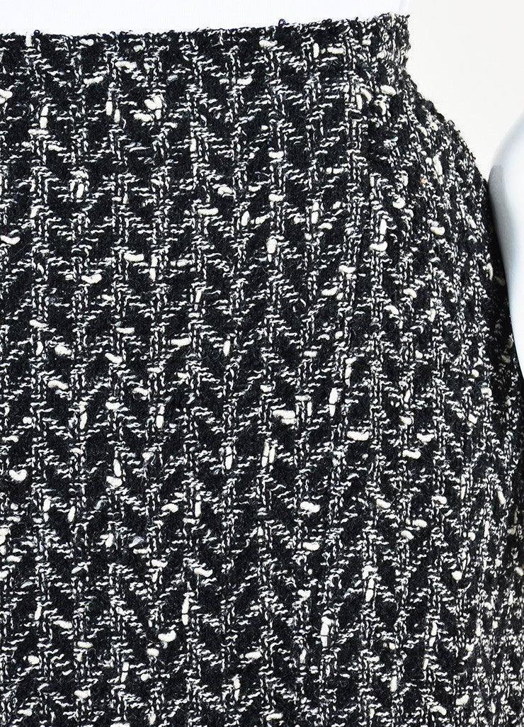 Chanel Black and White Wool Boucle Tweed Back Zip Pencil Skirt Detail