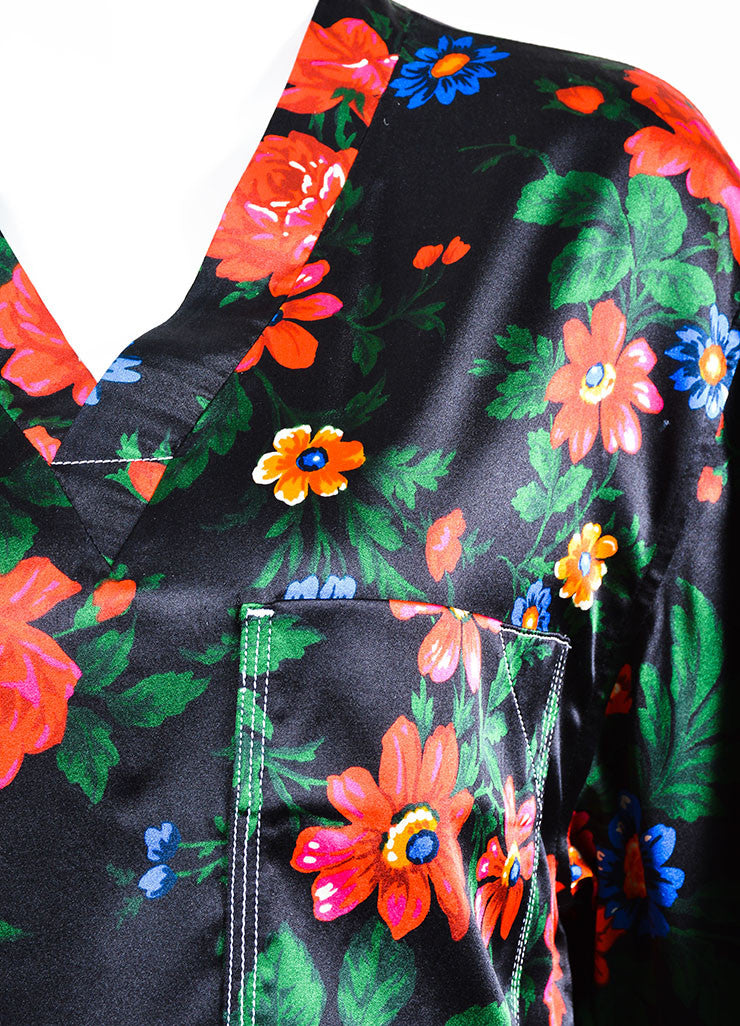 Black, Red, and Blue Celine Floral Print Silk Short Sleeve Pajama Top Detail